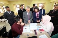 ÖĞRETIM GÖREVLISI - Hakkari'de 'Kütüphane Ve Kütüphanecilik' Konulu Program