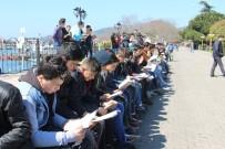 KİTAP OKUMA - Kdz. Ereğli'de 700 Kişi Birlikte Kitap Okudu