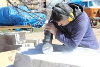 ŞEHİT AİLELERİ - Kırşehir'e Şehitlik Anıtı Yapılıyor