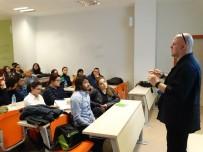İLETIŞIM - Kocaeli Üniversitesinde Medya Konferansı Yapıldı