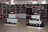 GAZİ YAKINLARI - Mutki'de Sosyal Market Çalışmaları