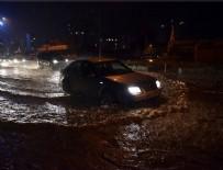 ŞİDDETLİ YAĞIŞ - Mersin'de eğitime 'şiddetli yağış' engeli