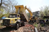 KARADERE - Adapazarı'nda 74 Sokakta Yol Açımı Yapıldı