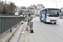 GENÇLIK PARKı - Ankara Büyükşehir Belediyesinden Bahar Temizliği