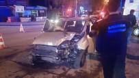 TRAFİK ÖNLEMİ - Başkent'te Trafik Kazası
