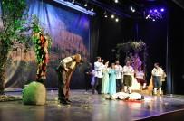SEZAI KARAKOÇ - BEÜ Sahne Sanatları Bölümü İlk Gösterimini Yaptı