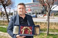 TÜRKISTAN - GAP Gazeteciler Birliği Genel Başkan Vekili Özpolat'a Kazakistan'da Anlamlı Ödül