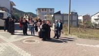 SEÇİLME HAKKI - Osmaneli'nde Ak Partili Kadınlar Referandum Çalışmaları