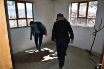 İNTERNET KAFE - Tosya'da Metruk Binalar Didik Didik Arandı
