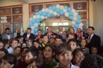 AHMET ERDOĞDU - Yunusemre Projelerini Bir Bir Hayata Geçiriyor