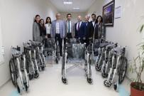MERKEZİ YÖNETİM - AÜ'den Tekerlekli Sandalye Bağışı