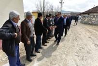 ÇOCUK PARKI - Başkan Gürkan, Karakaşçiftliğiköyü Mahallesinde Hizmetleri Yerinde İnceledi