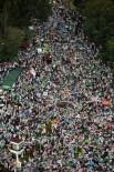MUHAFAZAKAR - Jakarta'da Binlerce Müslüman, Çin Asıllı Valiyi Kuran'a Hakaret Ettiği İçin Protesto Etti