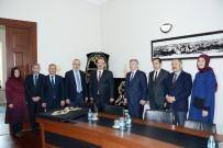 ALI AKPıNAR - KOMEK'ten Hacıveyiszade Camisine Minber Örtüsü