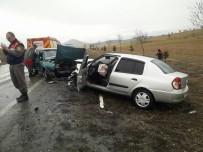 Konya'da Trafik Kazası Açıklaması 4 Yaralı