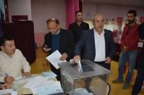 DURSUN YıLMAZ - MHP'de Dursun Yılmaz Güven Tazeledi