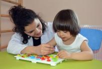 DOWN SENDROMU - Down Sendromlu Çocuklar, 'Ergoterapi' İle Daha Mutlu