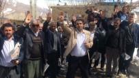 FAŞIST - Referandum İçin Kara Çamura Aldırmıyorlar