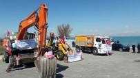 ÜSKÜDAR BELEDİYESİ - Üsküdar Belediyesinden Edremit'e Araç Desteği