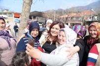 ÖZLEM ÇERÇIOĞLU - Başkan Çerçioğlu, Aşağıyakacık Ve Ovacık'ta Büyük İlgiyle Karşılandı