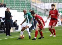 MERT GÜNOK - Bursa'da İlk Yarıda Karşılıklı Gol