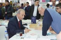 HANEFI AVCı - Eski Emniyet Müdürü Hanefi Avcı, Kitap Fuarında Okuyucularıyla Buluştu
