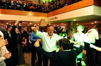 ALİ AĞAOĞLU - Ali Ağaoğlu'ndan Kızına İkinci Düğün