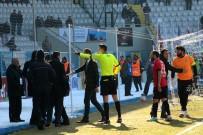 ERZURUMSPOR - BB. Erzurumspor - Kocaeli Birlikspor Karşılaşmasında Saha Karıştı