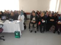 Altındağlı Kadınlar Yeşilay Rozeti Taktı