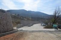 KALDIRIMLAR - Başiskele Belediyesi Yol Yapım Çalışmalarına Devam Ediyor
