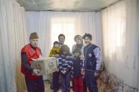 ALI ERDOĞAN - Besni'de Kızılay Başkanlığı Suriyeli Aileye Gıda Yardımı Yaptı