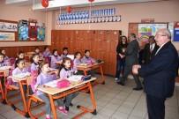 KADİR ALBAYRAK - İlkokul Öğrencisi Davet Etti, Başkan Ayağına Gitti