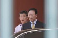KİM JONG UN - İstenmeyen adam ülkeyi terk etti