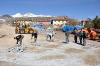 SINDELHÖYÜK - Köylerde Parke Yapım Çalışmaları Devam Ediyor