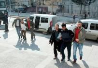 KAN DAVASı - Otogardaki 'Kan Davası' Cinayetinin Zanlıları Adliyeye Çıkarıldı