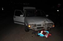 YOL ÇALIŞMASI - Polisten Kaçan Plakasız Otomobil Sürücüsü Kaza Yaptı