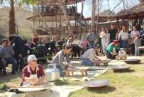 NAZMI GÜNLÜ - Yabancı Gelinler En İyi Gözlemeyi Yapmak İçin Yarıştı