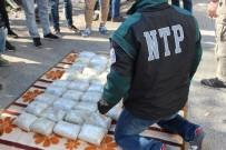 YOLCU OTOBÜSÜ - 26 Yolcu, 100 Kilo Uyuşturucu