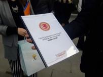 KANUN TEKLİFİ - AK Parti Gençlik Kolları, 'Anayasa Değişilik Teklifi'Ni Postayla Kılıçdaroğlu'na Gönderdi