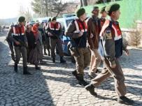 Aksaray'da Define Avcısı 6 Kişi Kaçak Kazı Yaparken Yakalandı