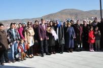 MUSTAFA ÖZDEMIR - Başkan Yardımcısı Ali Avcıoğlu Yenidoğan, Mahalle Sakinleri İle Bir Araya Geldi