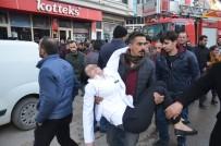 CENGIZ TOPEL - Çalışanlar Mahsur Kaldı Açıklaması Vatandaşlar Müdahale Etti