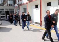 TUTUKLAMA TALEBİ - Evi 'Esrar' Yuvası Haline Getiren Şüpheliler Tutuklandı