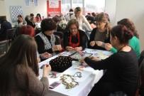 HALİL İBRAHİM ŞENOL - Gaziemir'de Semt Evleri Kadınları Hayata Bağladı