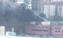 İKITELLI - İstanbul'da Korkutan Yangın