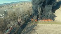 KARAKÖY - Sakarya'da Lastik Deposu Yangını Havadan Görüntülendi