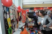 MURAT AYDıN - 8 Mart Dünya Kadınlar Gününde El İşi Sergisi Açıldı