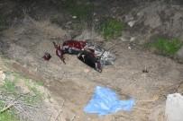 MOTOSİKLET KAZASI - Akhisar'da Trafik Kazası Açıklaması 1 Ölü