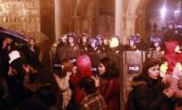 KADIN PLATFORMU - Antalya'da Kadınların 'Feminist Gece Yürüyüşü'ne Polis Engeli