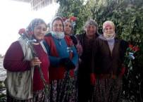 ÇALIŞAN KADIN - Başkan Çerçioğlu Emekçi Kadınları Unutmadı